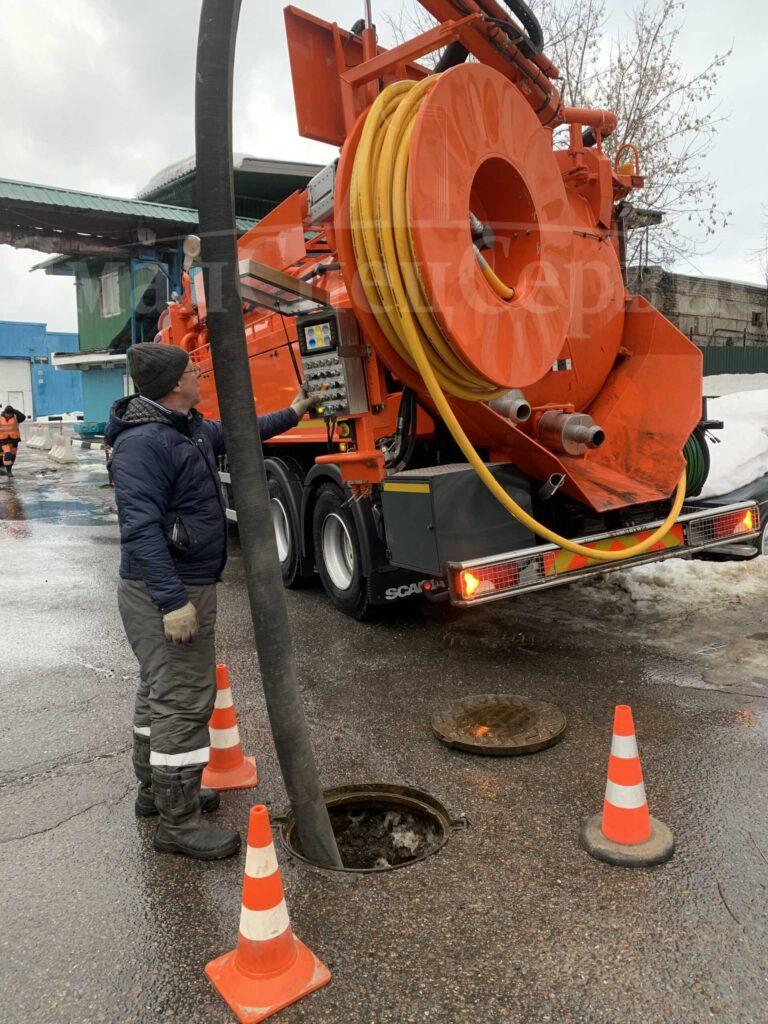Профессиональная промывка канализационных сетей